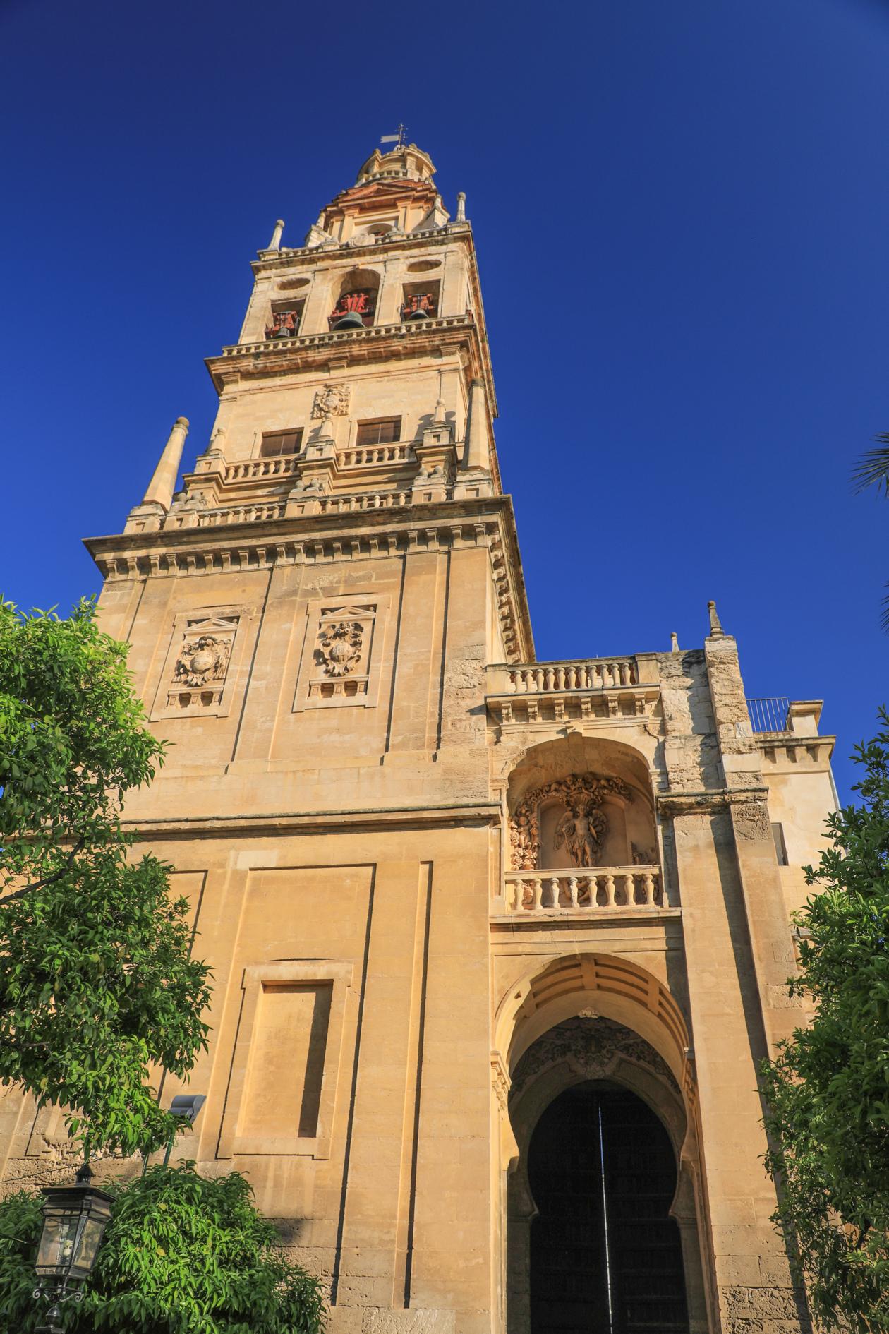 cordoba-mezquita-klokkentoren