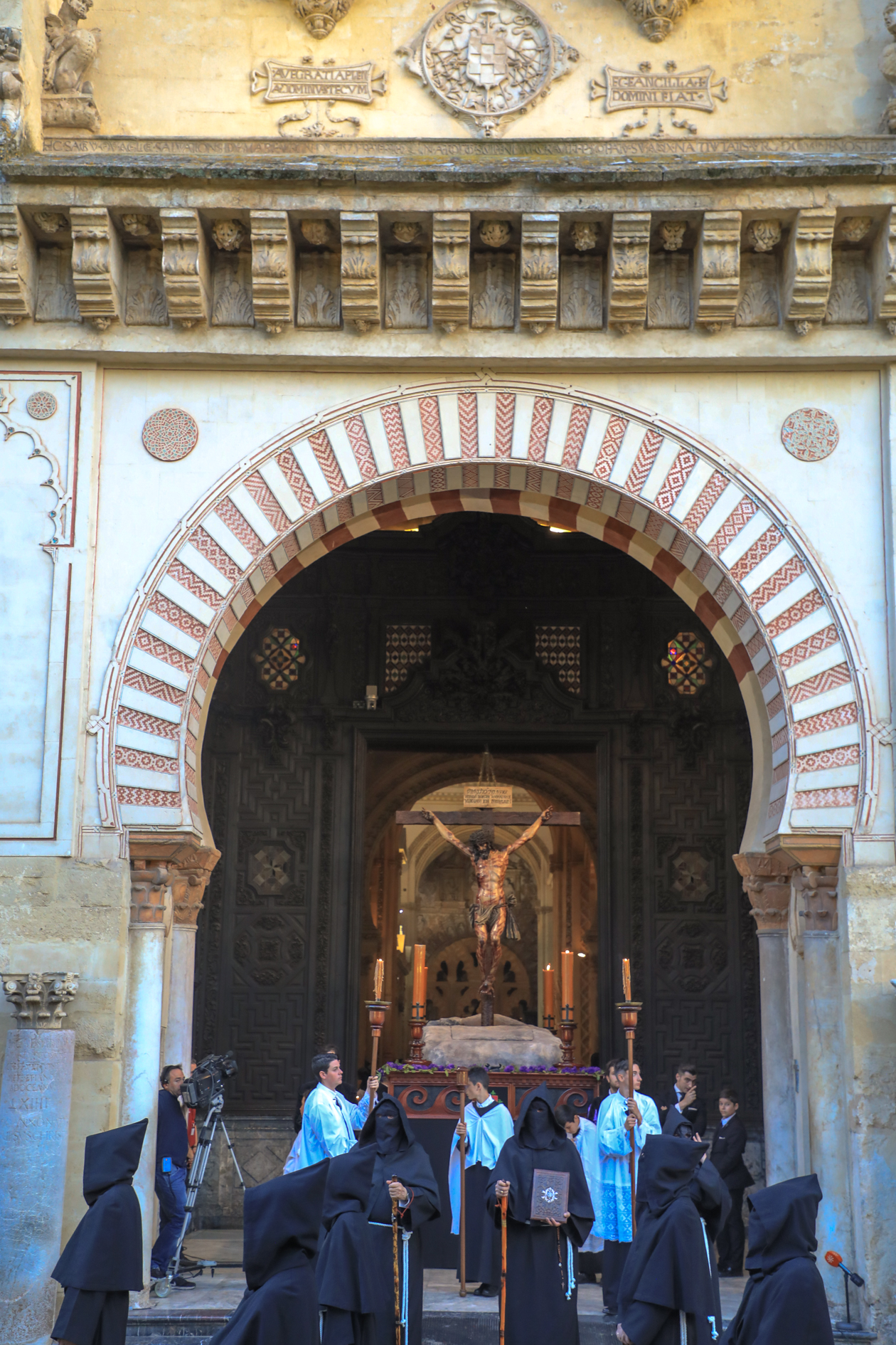 cordoba-processie-mezquita
