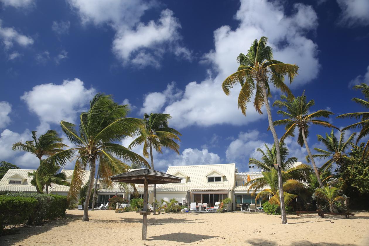 sintmaarten-hotel-aan-het-strand