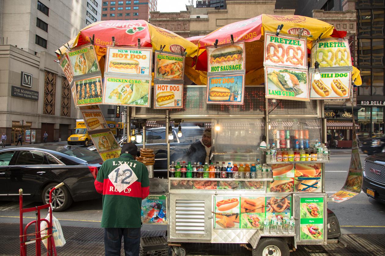 newyork-hotdogstand