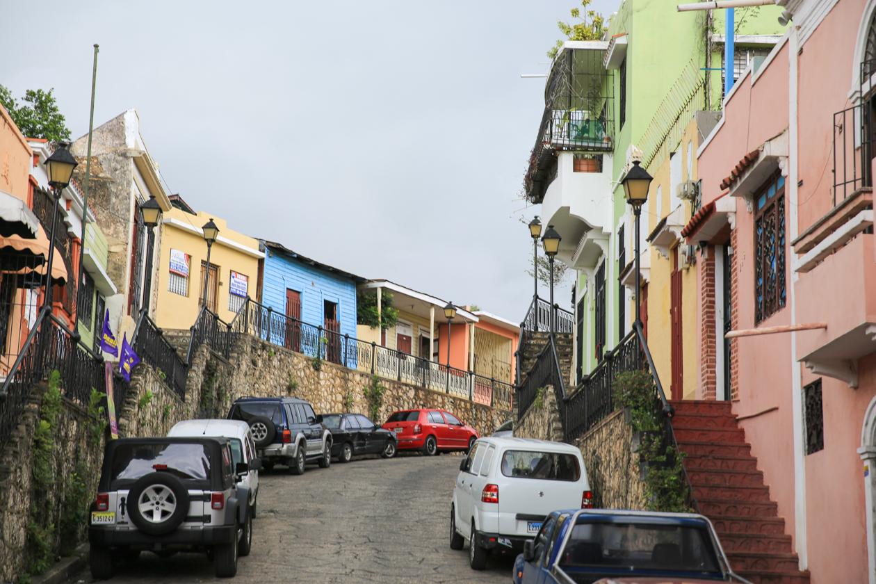 santodomingo-kleurrijke-huizen