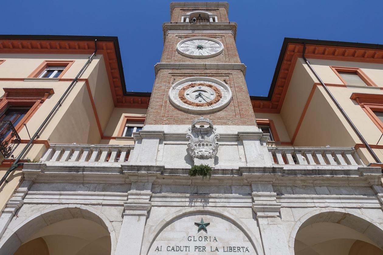 rimini-piazza-trei-martiri-toren