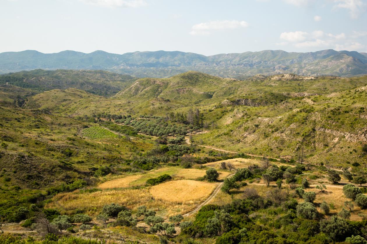 rhodos-glooiend-landschap