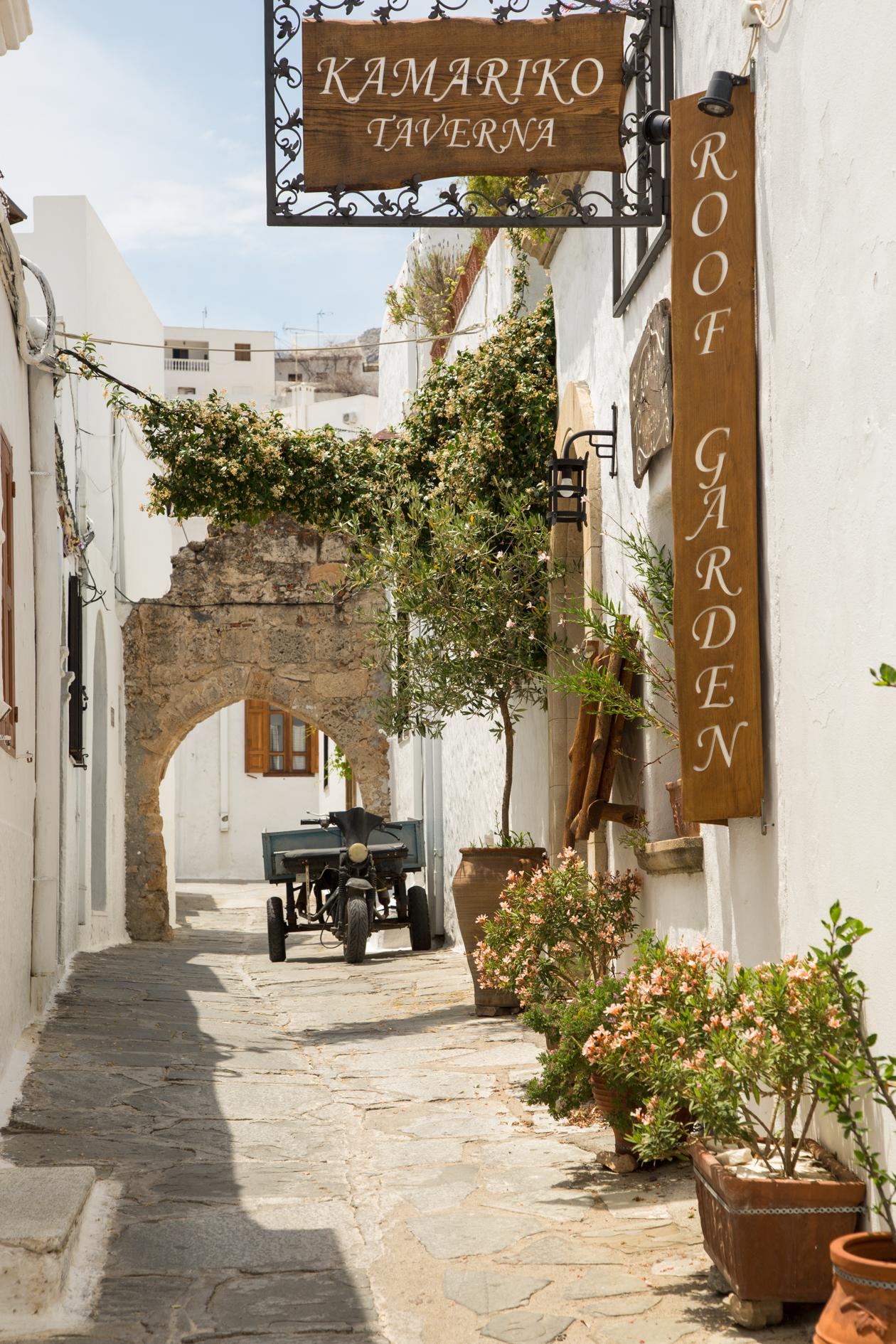 rhodos-lindos-straatje