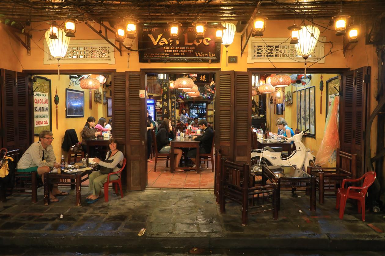 vietnam-hoi-an-restaurant