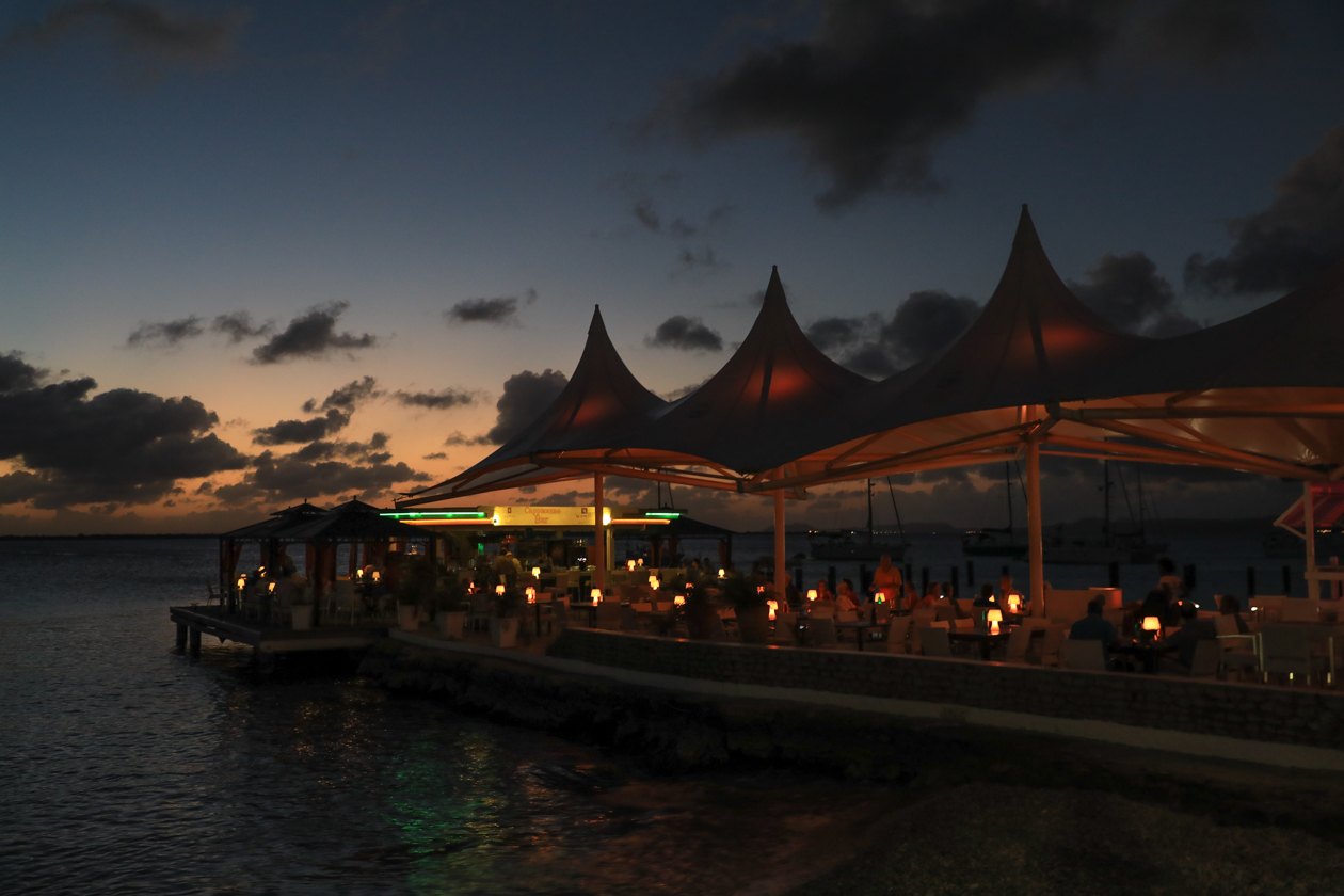 bonaire-karels-beach-bar