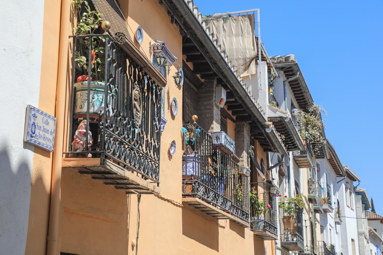 granada-albaicin-balkons