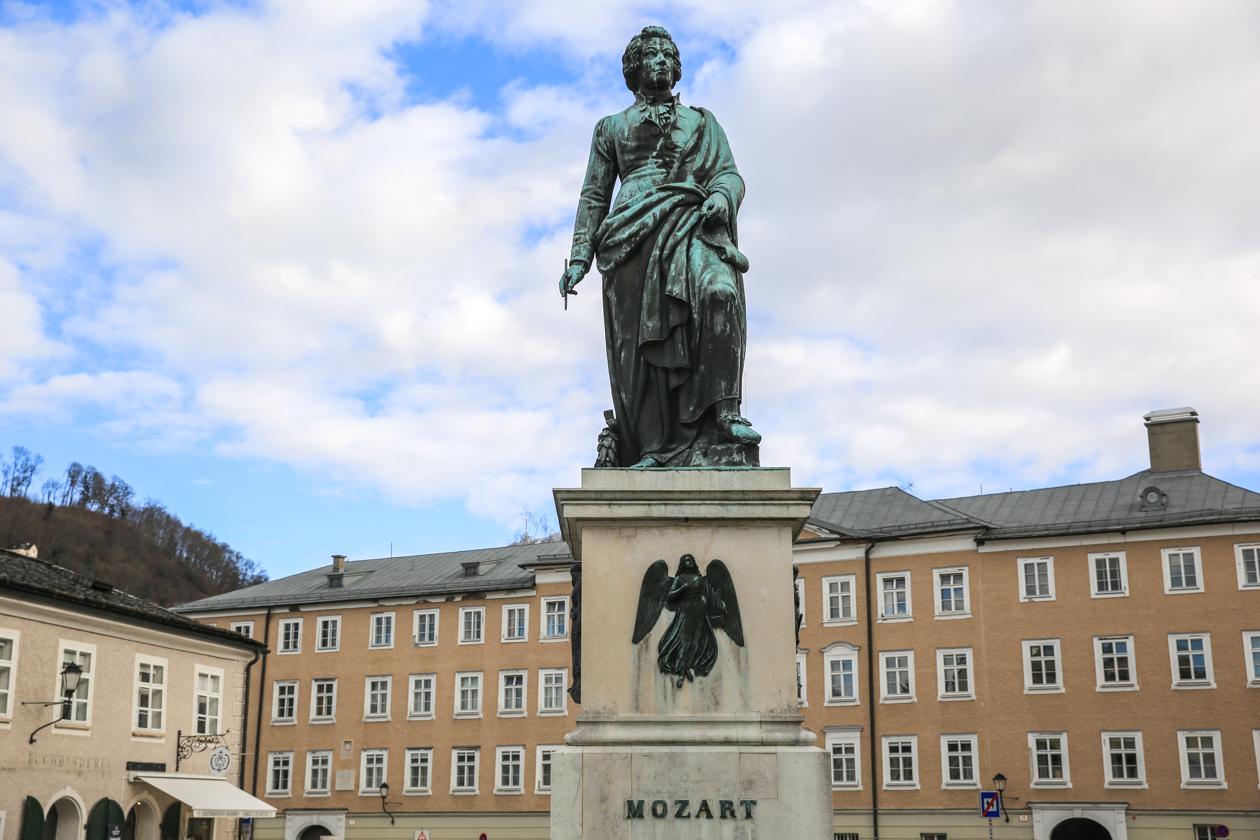 salzburg-standbeeld-mozart