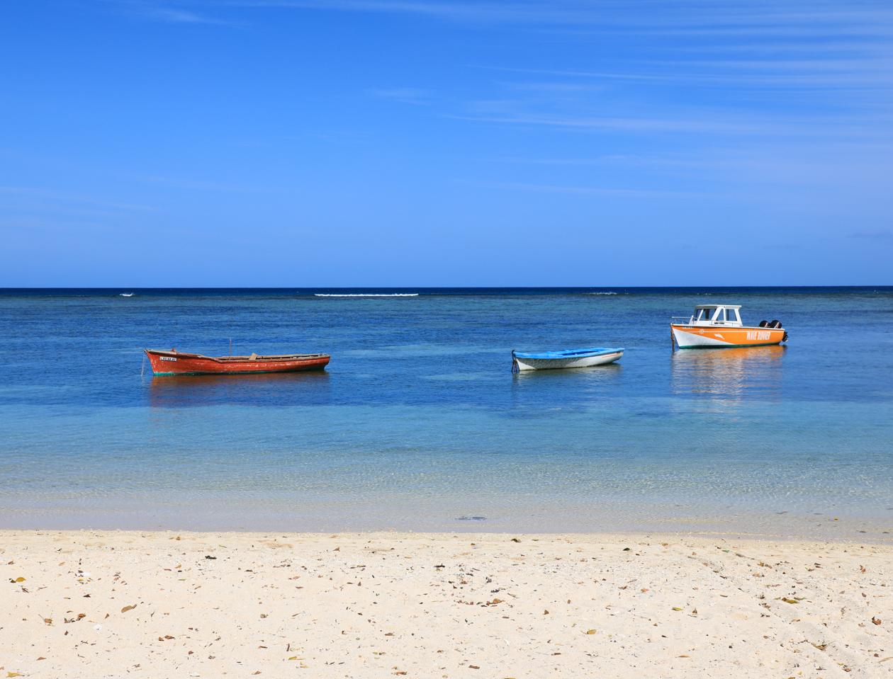 mauritius-kleurrijke-bootjes