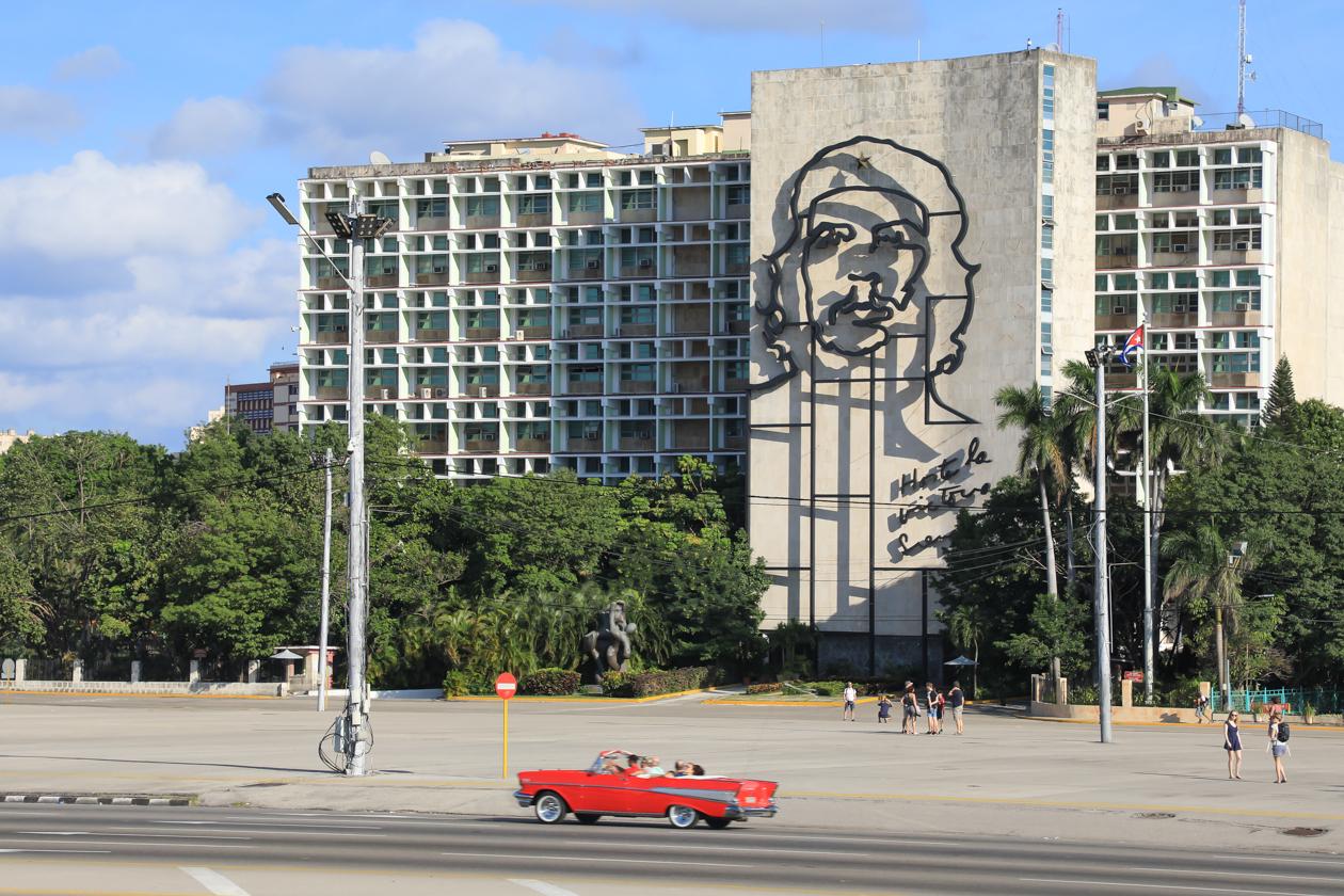 cuba-che-plaza-de-la-revolucion