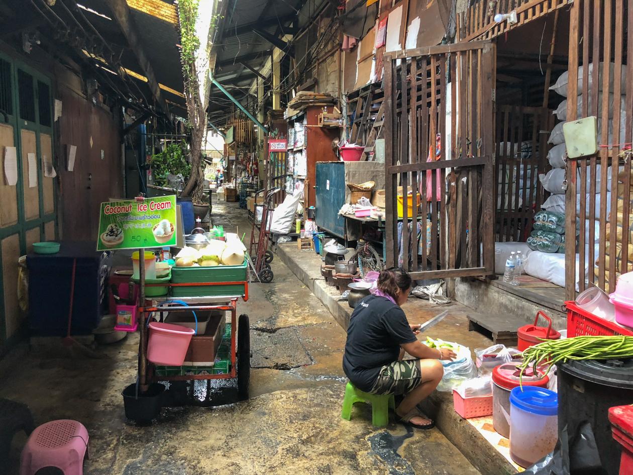 bangkok-steegje