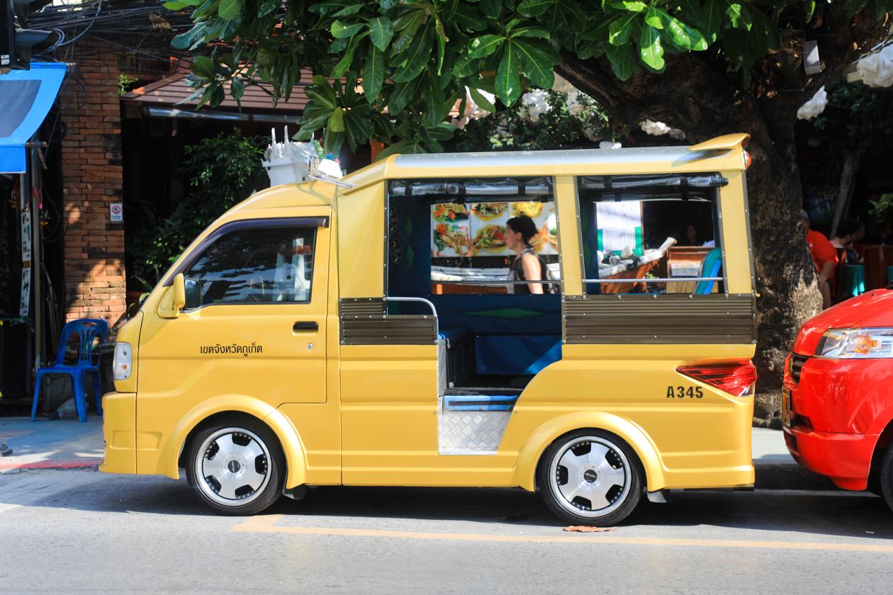 phuket-tuktuk