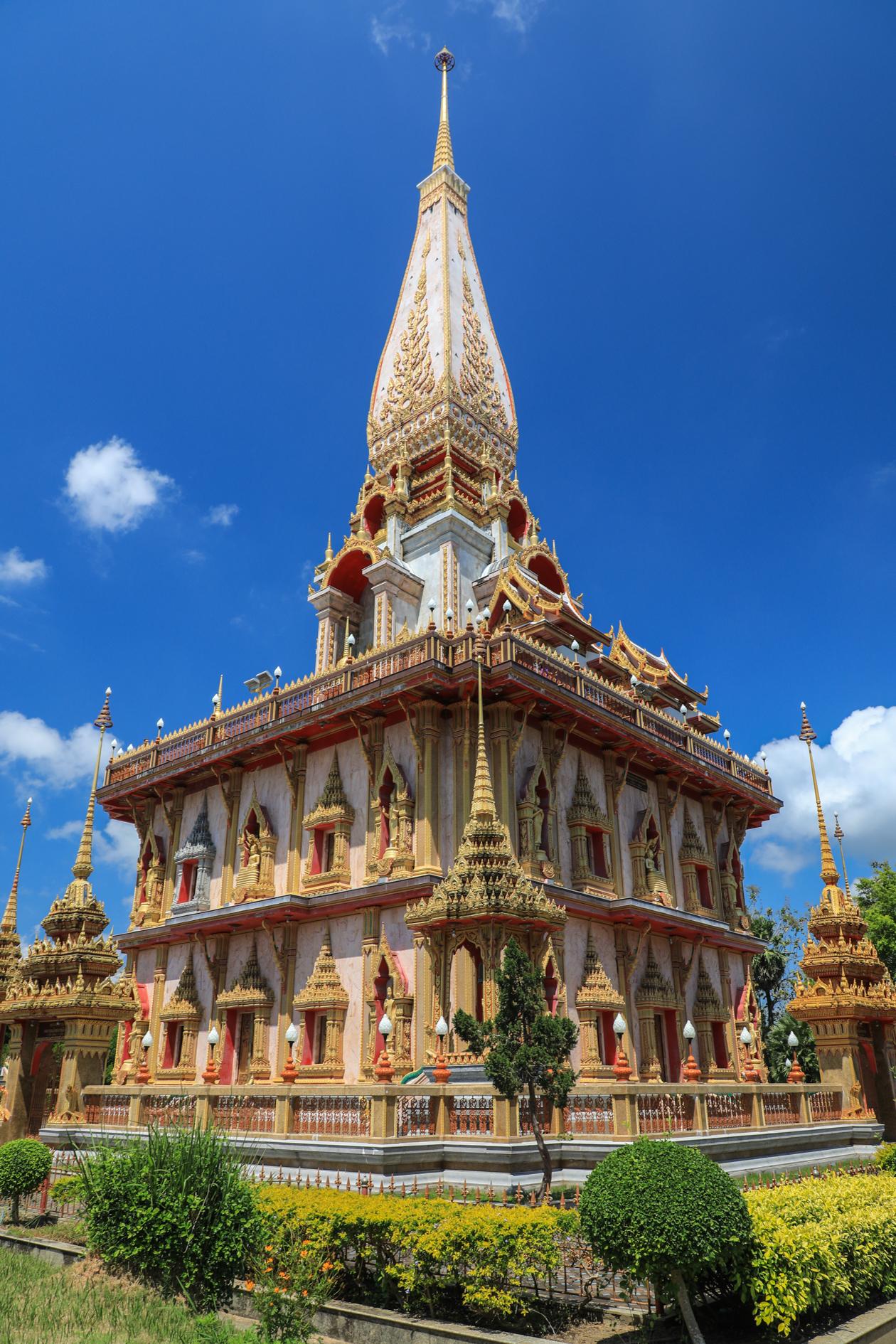 phuket-wat-chalong2