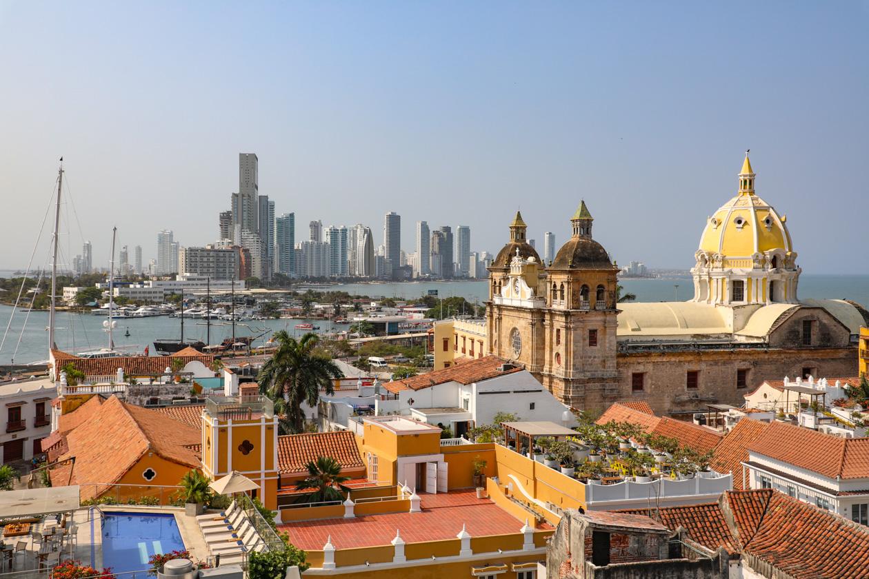 Oud en nieuw Cartagena in één foto